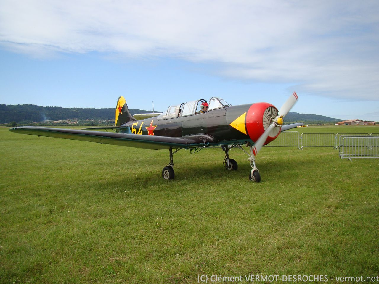 Yak 18 HB-RCX